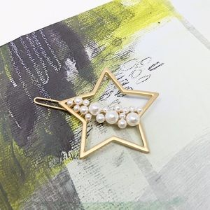 Faux Pearl-Embellished Star Hair Clip